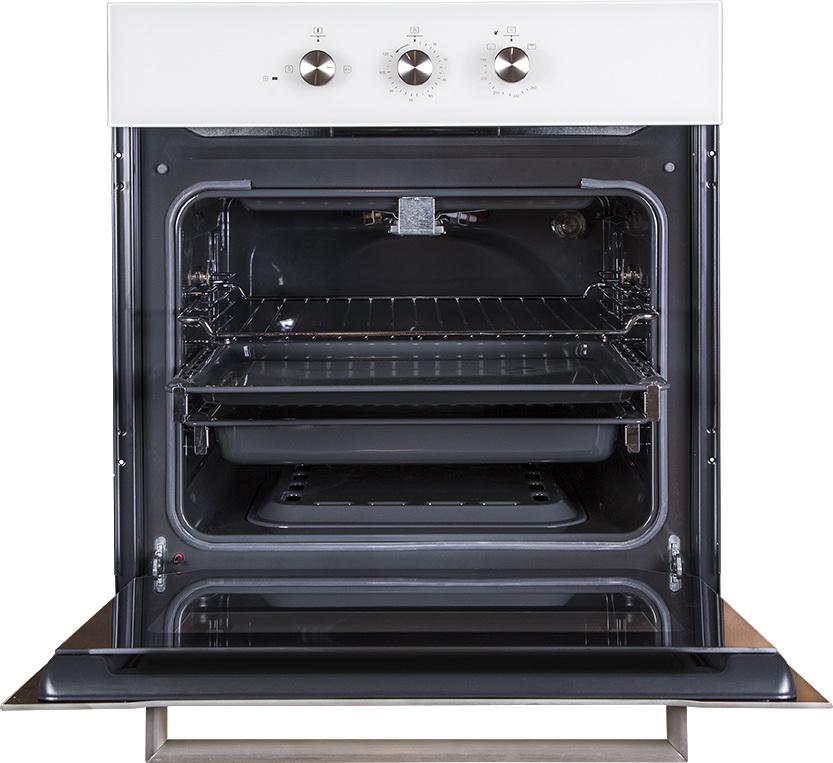 Электрическая духовка потребляет много электроэнергии, лучше не включать ее одновременно с другими электроприборами.