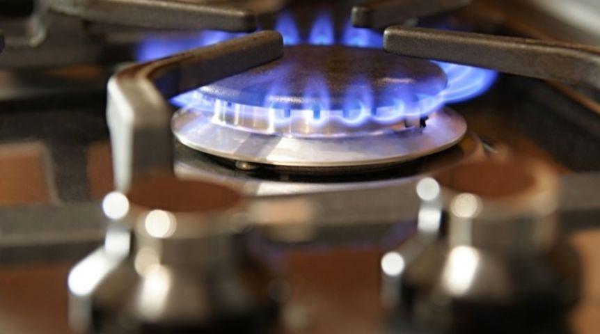 Периодически проверяйте работу газа. Один раз в полгода вызывайте газовую службу.