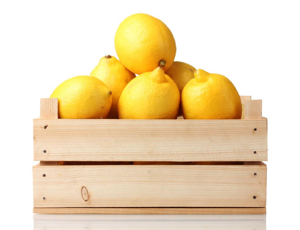 Деревянный ящик для хранения сэкономит место в холодильнике и сохранит лимоны на 3–4 месяцаДеревянный ящик для хранения сэкономит место в холодильнике и сохранит лимоны на 3–4 месяца