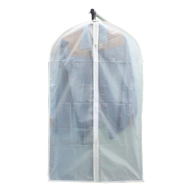 Чехол для одежды от бренда «Рыжий кот»: материал — PEVA (пропускает воздух), размер — 60х100 см, средняя цена — 90 рублей.