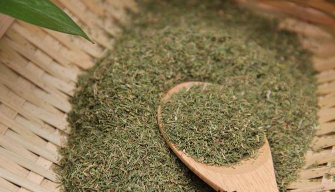 В 1 чайной ложке — 3 грамма укропа, в 1 столовой ложке — 11 грамм