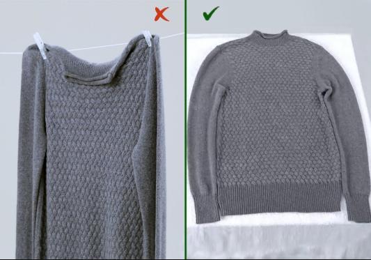 Тяжелые вещи и шерстяные свитера — не отжимать руками и не вешать, чтобы не растянулись. Разложите их на полотенце на горизонтальную поверхность.