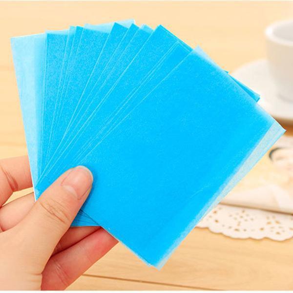 Если у вас нет промокательной бумаги, можно взять белую ткань