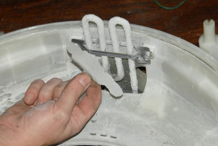 Так выглядит внутри идеальная с виду стиральная машина, если вовремя не чистить ее
