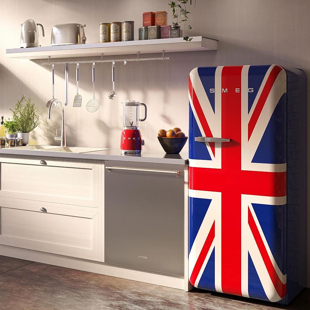 При многотонном окрашивании холодильника берите краску разных оттенков, но одной торговой марки, чтобы нанести одинаковое количество слоев