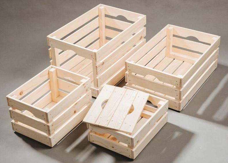 Для больших запасов орехов рекомендуются деревянные ящики