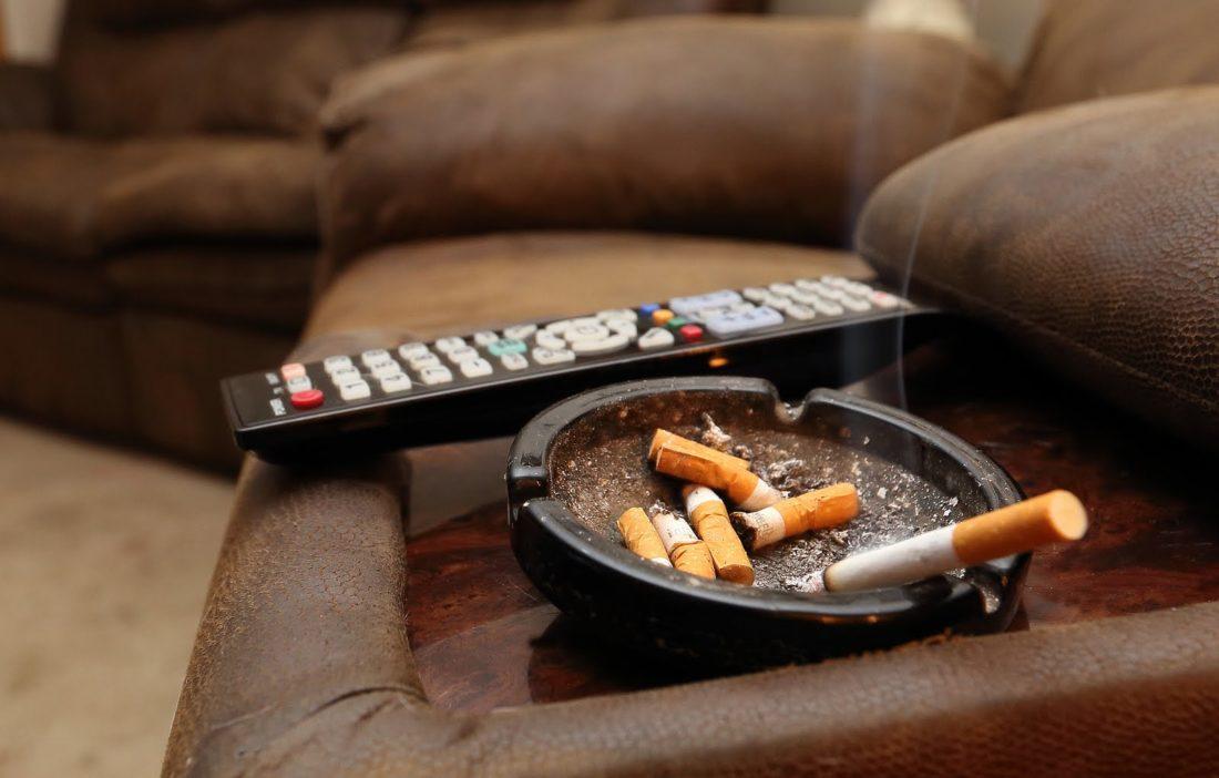 Как избавиться от запаха табака в квартире