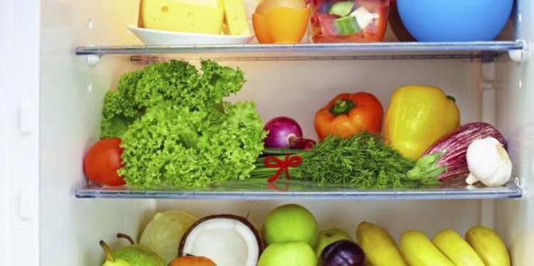 Если просто складывать пучки на полки в холодильнике, то срок хранения зелени 3-4 дня