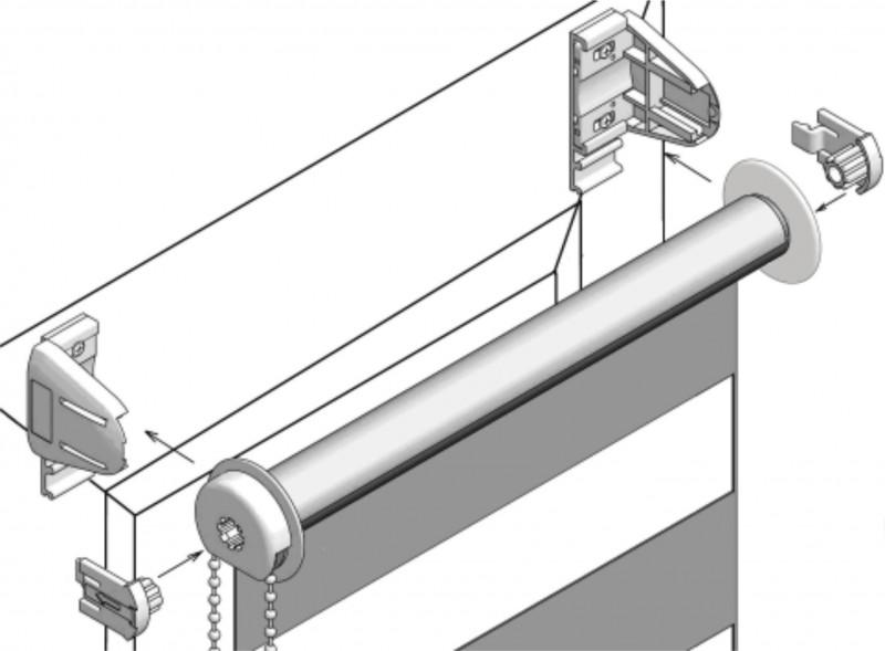 В схеме по установке показано, как вставляется/вынимается открытая бобина