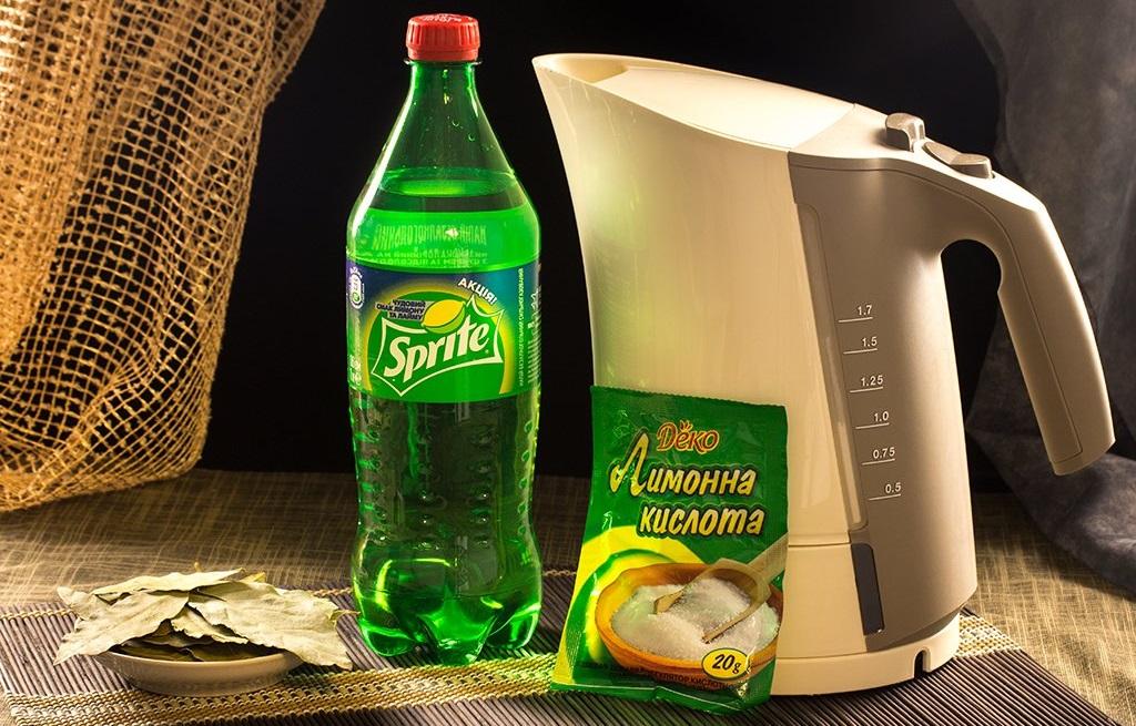 Как убрать запах пластмассы из электрического чайника