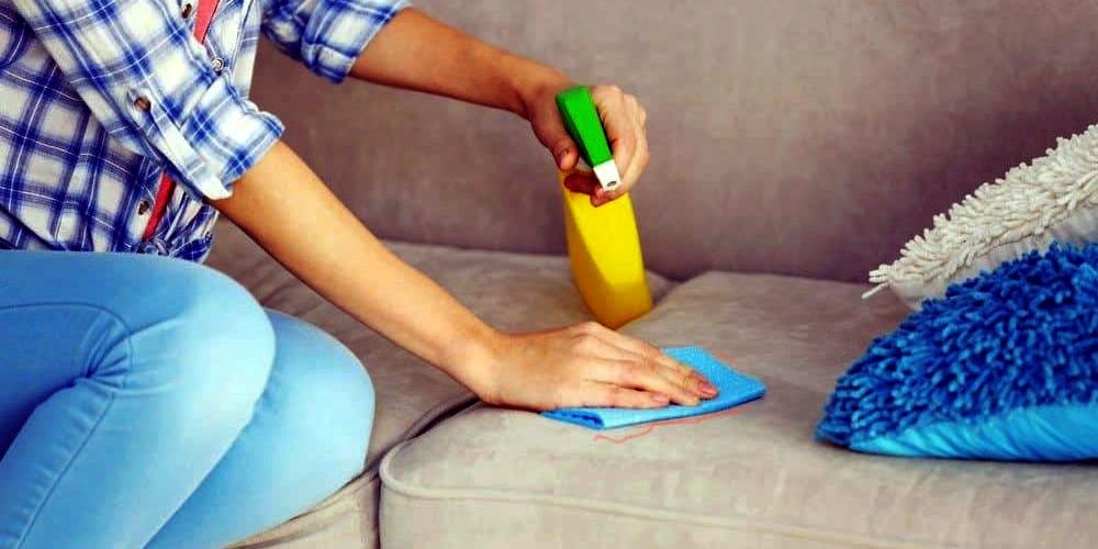 Чем отмыть фломастер с дивана