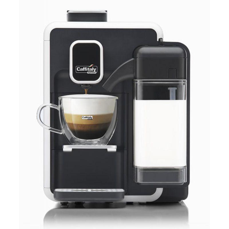 Если аппарат оснащен капучинатором, он сможет готовить кофейно-молочные смеси