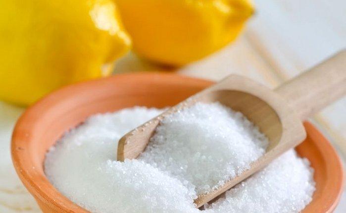 Раствор лимонной кислоты может заменить магазинные средства для очистки кофемашины от накипи