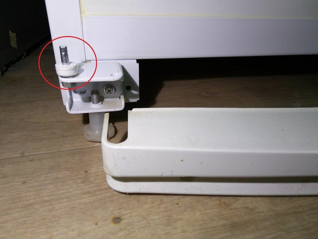 На фото показано уплотнительное кольцо. При необходимости добавляется еще дополнительное, вырезанное из плотной резины