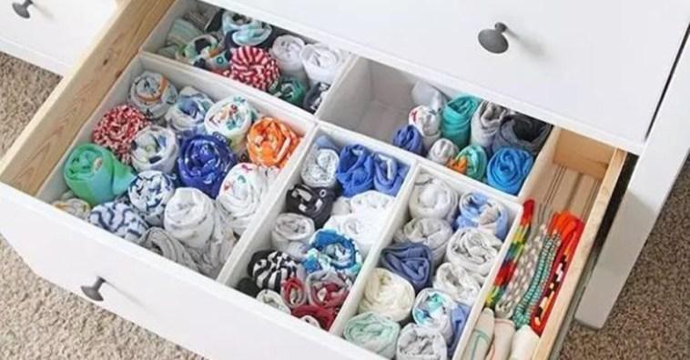 Туристический способ складывания не занимает много места и позволяет быстро выбрать нужную одежду