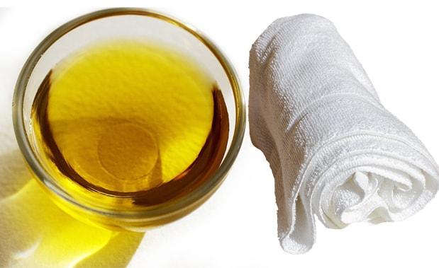 Можно провести отбеливание полотенец с растительным маслом без кипячения для белых полотенец и для цветных